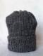 strikkeopskrift på retro 2 hue i ribstrik billede af den strikket hue