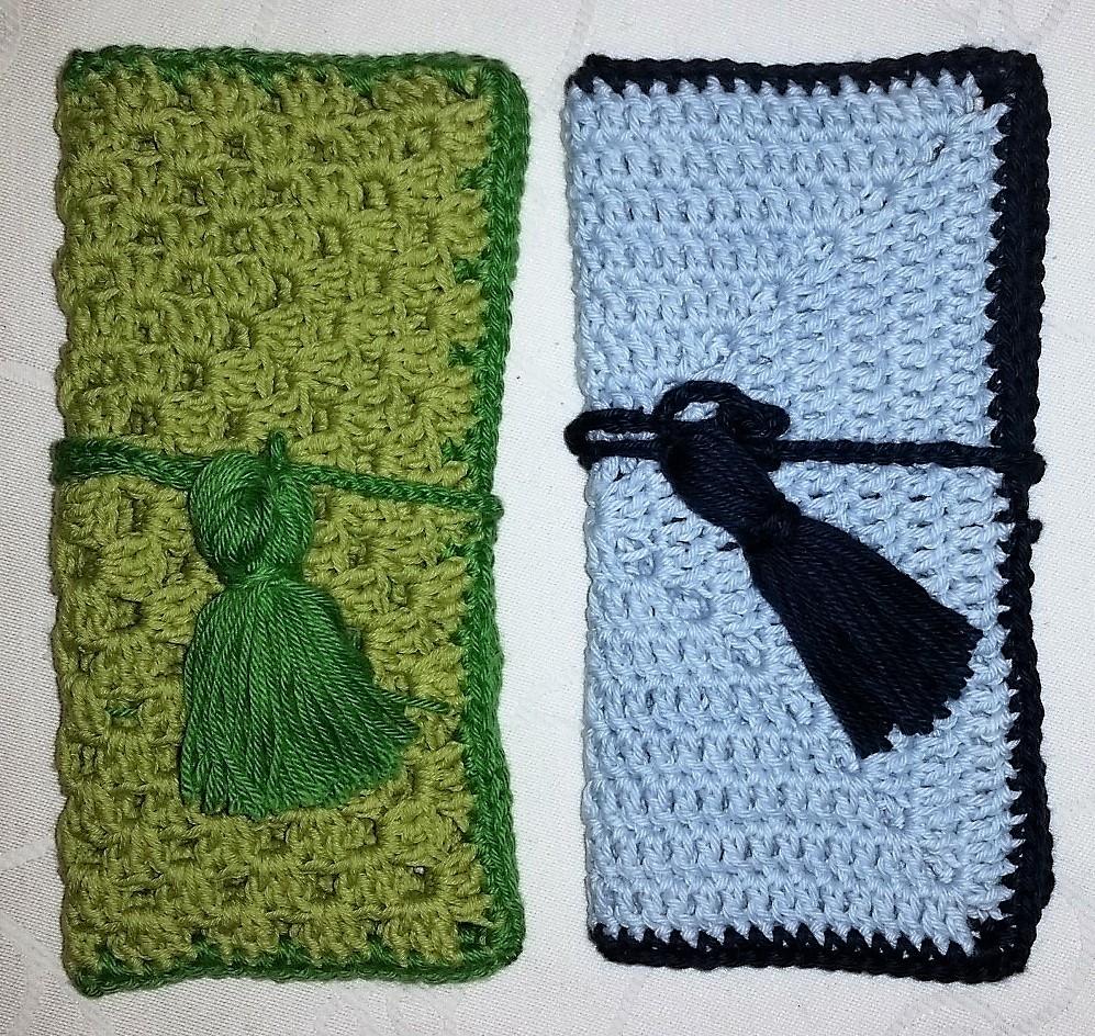 grønt og blåt mobil etui hæklet grønt og blåt mobil etui