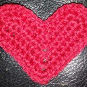 Lille hjerte billed af et lille hæklet hjerte