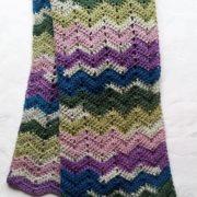 tørklæde billed af tørklæde i zigzag mønster