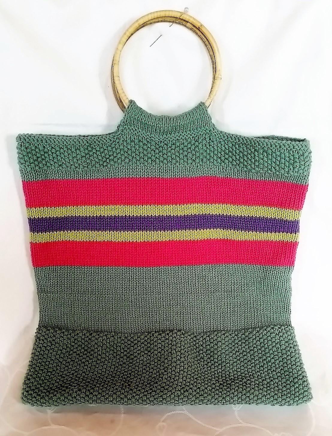 Strikketøjstasken billed af færdig strikket strikketøjstas
