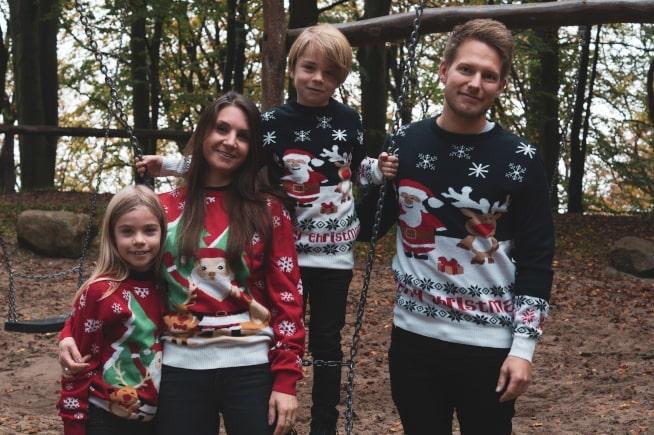 Familiepakke med julesweaters