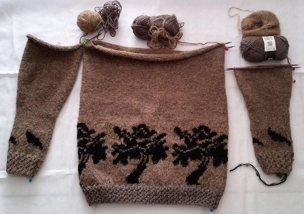 Om Garnmasken billed af en tunika jeg et igang med at strikker
